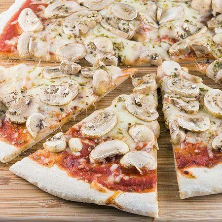 128. Pizza Funghi