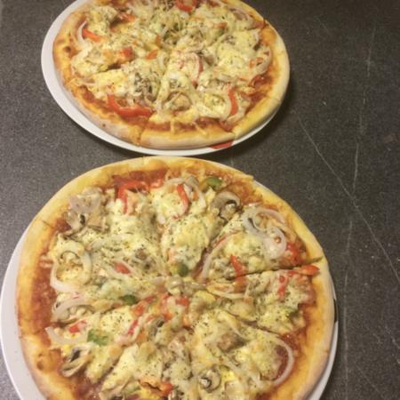 138. Pizza pollo